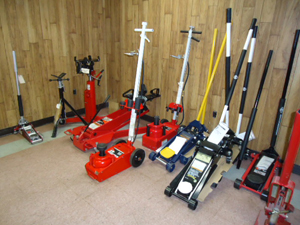 Automotive Hydraulic Jacks for sale